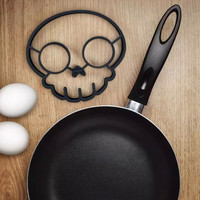 Kitchen  Silicone Non-stick Skull Egg And Pancake Mould