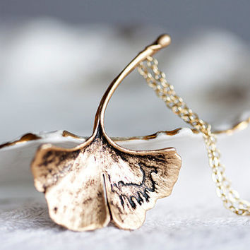 Vacation - Ginkgo Leaf Necklace Fall Accessories Antiqued Matte Gold Plated Autumn Leaf - N128