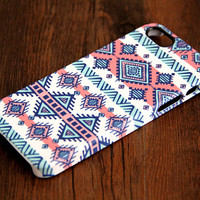 Ethnic Stripes 3D-Wrap iPhone 5S Case iPhone 5 Case iPhone 5C Case iPhone 4S Case iPhone 4 Case iPhone 6 Rubber Case