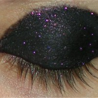 The Pink Pummeler - Unique Pigments matte black with pink eyeshadow