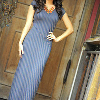 All I Need Maxi: Navy/Taupe | Hope's