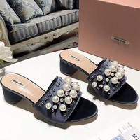 MIUMIU 2018 counter section high-heeled thick heel pearl rivets word cool slippers shoes F-OMDP-GD