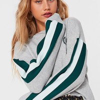 UO Embroidered Globe Crest Sweatshirt | Urban Outfitters Canada
