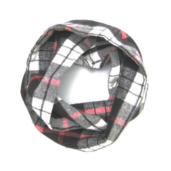 Plaid Kids Scarf, Flannel Scarf, Black and Red Scarf, Unisex Scarf, Children's Clothing, Baby Shower Gift, Bib Scarf, Ready to Ship