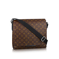 Products by Louis Vuitton: District MM