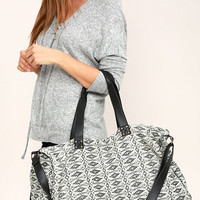 Amuse Society Tululah Black and White Print Weekender