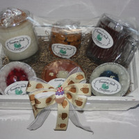 Gift Basket - Candles - Food Scents - Home in the Kitchen