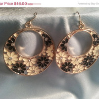 Beautiful Bronze Vintage Earrings!  Hoops with Black & White Daisy Flowers/Imitation Diamond stones/Gold Plated/Women's Accessories