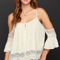 Howdy-Do Cream Lace Top