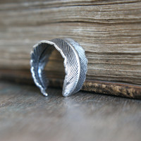 Athena Feather Ring - Silver