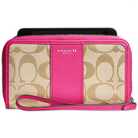 COACH LEGACY EAST/WEST UNIVERSAL CASE IN SIGNATURE FABRIC