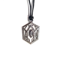 The Hobbit / Lord of the Rings Elvish Crest Necklace