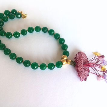 Green Necklace, Jewelry, Christmas Gift, Needlework Necklace, Needlelace Jewelry, Green Jade Beads,  Birthday Gift, Women Jewelry, Handmade