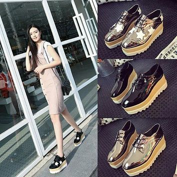 Luxury brand woman gold shoes platform shoes creepers japanned leather woman shiny flats star designer espadrilles brogue shoes