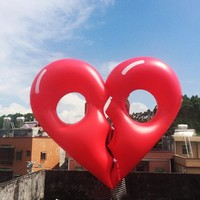 180*150CM Detachable Lovers Giant Hearts Inflatable Pool Toy Floating Row Heart-shaped Pool Float Swimming Ring Toys Pool Floats