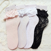 Fashion Women Lace Ruffle Frilly Ankle Socks Lovely Cute Vintage Retro Floral Lady High Quality White sweet Princess  loose sox