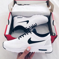 NIKE Women Men Running Sport Casual Shoes Sneakers White black hook