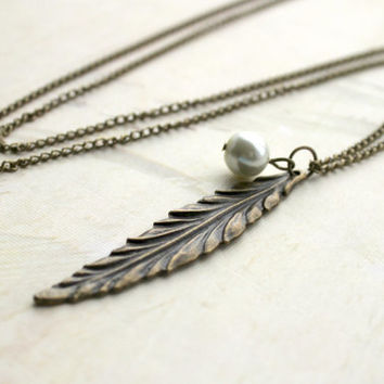 Antique Gold Long Leaf Feather Necklace with Faux Pearl Accent - Vintage Style Jewelry - Boho Feather Pendant - Leaf Necklace