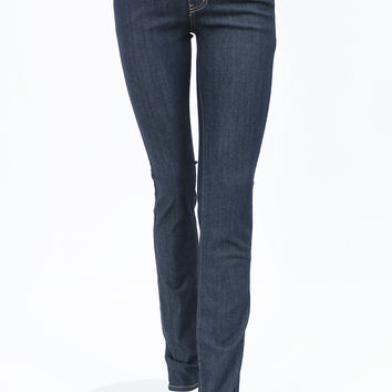 Classic look sit low on the waist straight leg jeans by Just USA