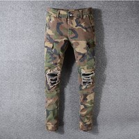 Men Camouflage Distress Jeans