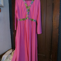 WOMENS VINTAGE hot pink 1970s long nylon lounger robe hostess gown   sz 18
