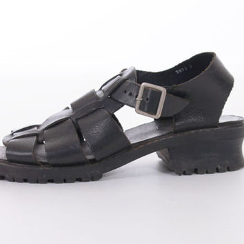 90s Black Fisherman Sandals Chunky from