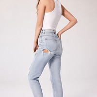 BDG Mom Destroyed Jean - Light Wash | Urban Outfitters