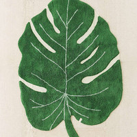 Monstera Leaf Washable Rug | Urban Outfitters