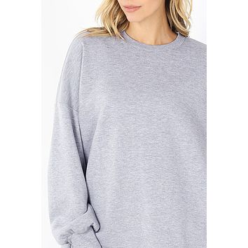 Relaxed Fit Round Neck Pullover Sweatshirt with Hi Low Hem