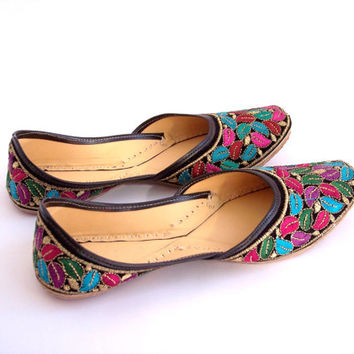 vintage boho tribal embroidered leather slippers. teal turqouise red magenta black. spring flats
