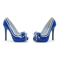 Retro Pump with Bow and Stripes