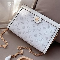 LV chain women's wild clutch handbag wash bag