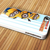 despicable me minion - iPhone 4 / iPhone 4S / iPhone 5 / Samsung S2 / Samsung S3 / Samsung S4 Case Cover