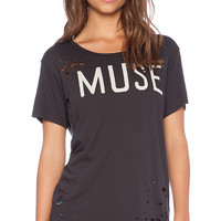 SUNDRY Muse Loose Tee in Charcoal