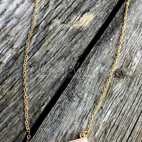 THE LARUE BAR NECKLACE - PEACH