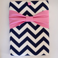 """Macbook Air 11 Sleeve MAC Macbook 11"""" inch Laptop Computer Case Cover Navy & White Chevron with Pink Bow"""