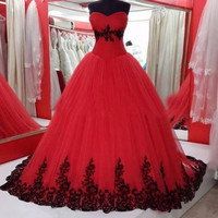 Vintage Black Applique Ball Gown Prom Dresses Good Design Red Tulle Woman Evening Party Gown ballkleider