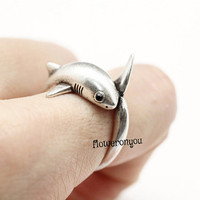 shark ring, shark, fish ring, retro ring, men ring, unique ring, vintage ring, wrap ring, burnished ring, retro jewelry, adjustable ring