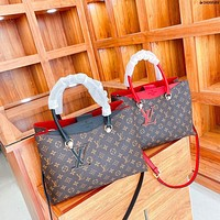 LV Louis Vuitton women's new shopping bag handbag messenger bag