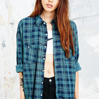 Urban Renewal Vintage Customised Overdyed Plaid Shirt in Green - Urban Outfitters