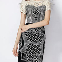 Black Round Neck Short Sleeve Embroidered Lace Dress