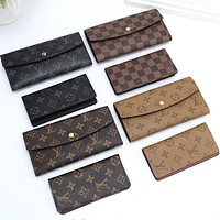 Hipgirls Louis Vuitton LV New Men's and Women's Printed Letter Button Long Wallet Two Piece Set