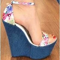 Explosive hot selling fashion all-match artificial PU sandals shoes