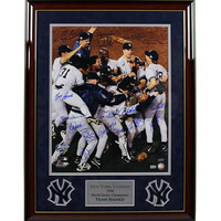 New York Yankees Multi Signed 1998 WS Celebration 16x20 Photo (MLB Auth) (18 Sigs) Elite Framed