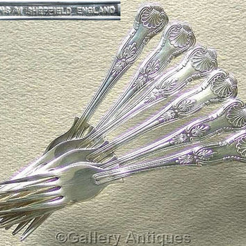 Six Vintage Silver Plated Kings Pattern Double Sided shell back Dessert / Salad cutlery Forks Made in Sheffield, England c1980's (ref: 3083)