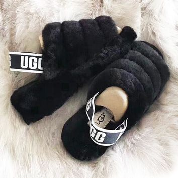 UGG Autumn And Winter Women's Slippers Warm and fluffy New  Fashion Fluff Yeah Hight Quality Slipper Slide