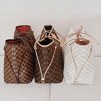 Louis Vuitton LV shoulder bag fashion all-match shopping bag