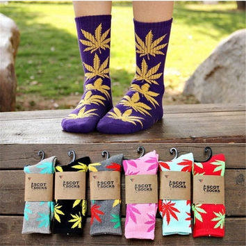 20paris/lot Plantlife Marijuana Weed Leaf Cotton High Warm Soft Ankle Socks Fashion Socks Warm Winter = 1930415364