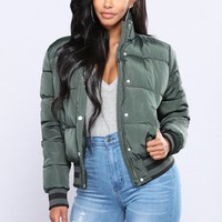 Mrs. Jackson Puffer Jacket - Hunter