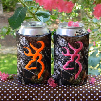 Great gift idea.... TWO deer head camo can koozie in your FAV thread color.